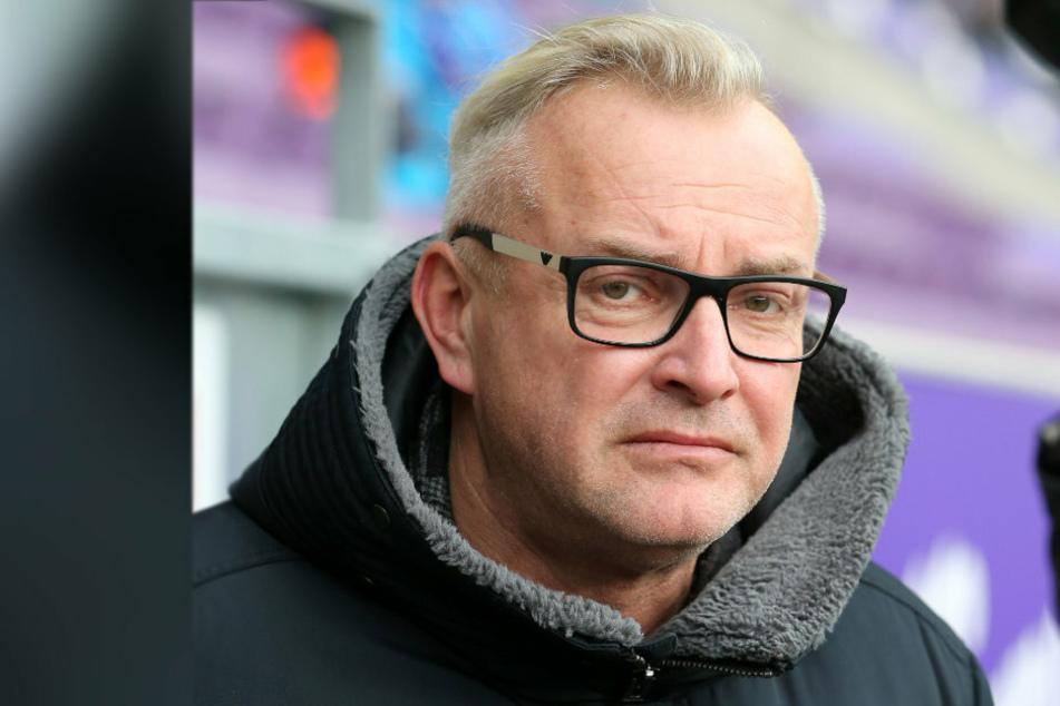 FCE-Geschäftsführer Michael Voigt (48) tut alles dafür, dass es in Aue nicht zu einem massenweisen Wegbleiben der Fans kommt.