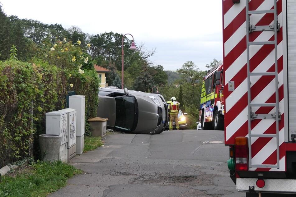 Auf der Straße Hopfenberg in Grimma ist am Donnerstag eine 82-Jährige mit ihrem Auto umgekippt.