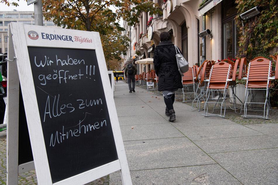 Auch im Dezember gilt: Restaurants müssen geschlossen bleiben. Die Mitnahme der Speisen ist aber erlaubt.