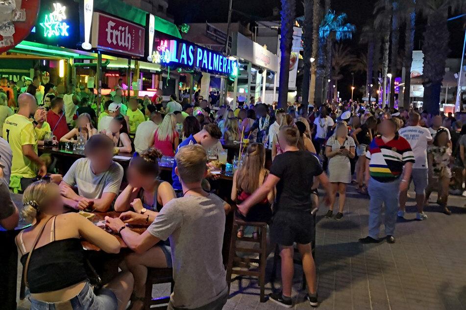 Nach Verschärfung der Maskenpflicht: So will Mallorca gegen Sauftourismus vorgehen
