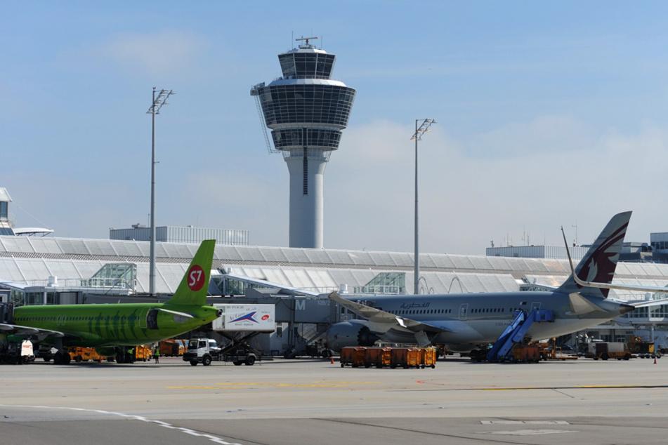 Mehr als 5000 Personen wurden seit dem letzten Wochenende am Flughafen München (Bild) und Nürnberg gestestet. (Archiv)