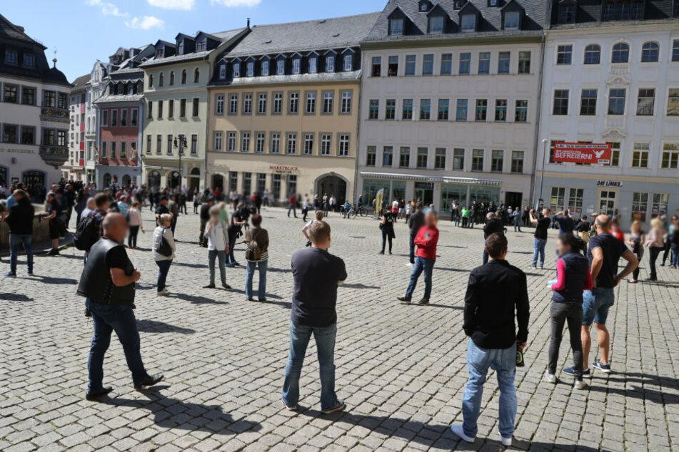 Tausende Menschen bei Versammlungen zu Corona-Politik in Thüringen