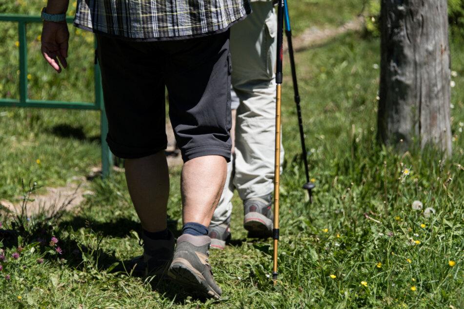 81-Jähriger kann seine Frau nach Wanderung nicht mehr finden