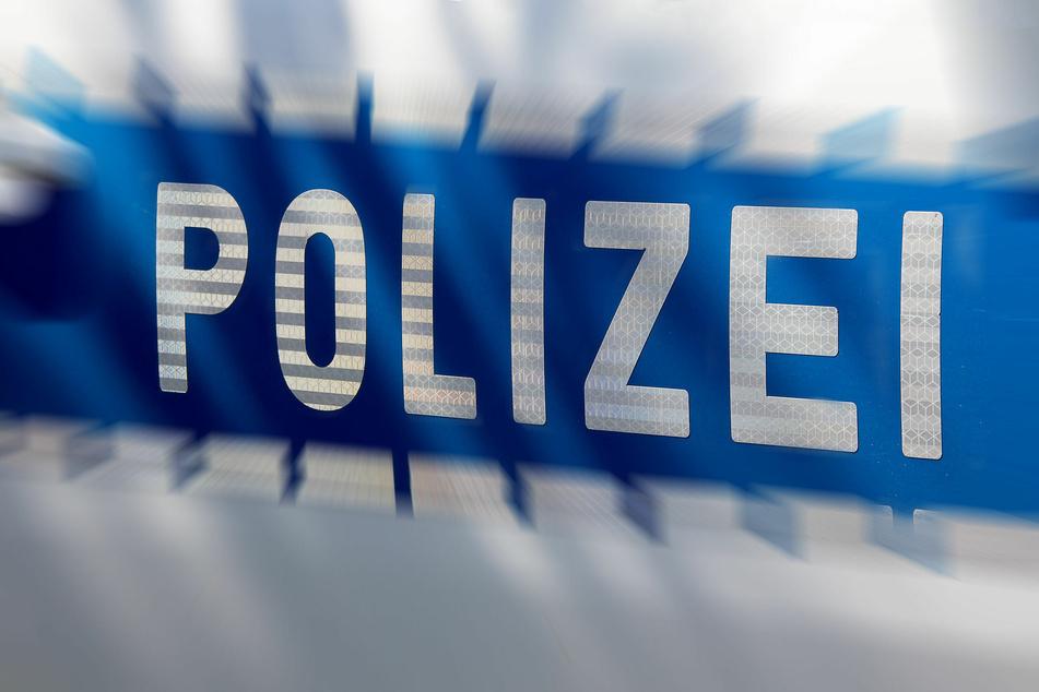 Messerartigen Gegenstand aus Tasche gezogen: Ladendieb bedroht Security-Mitarbeiter