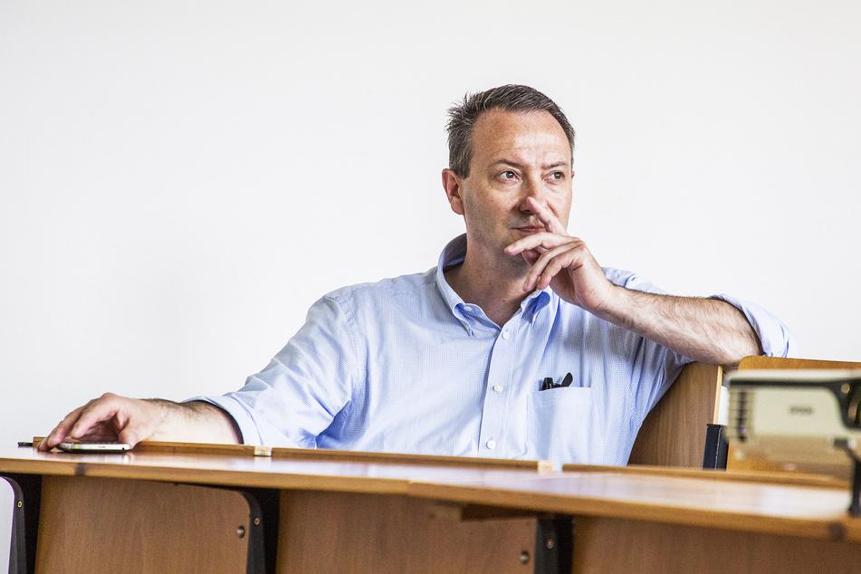 Will schneller und damit günstiger Schulen und Kitas bauen: Bildungsbürgermeister Jan Donhauser (51, CDU).