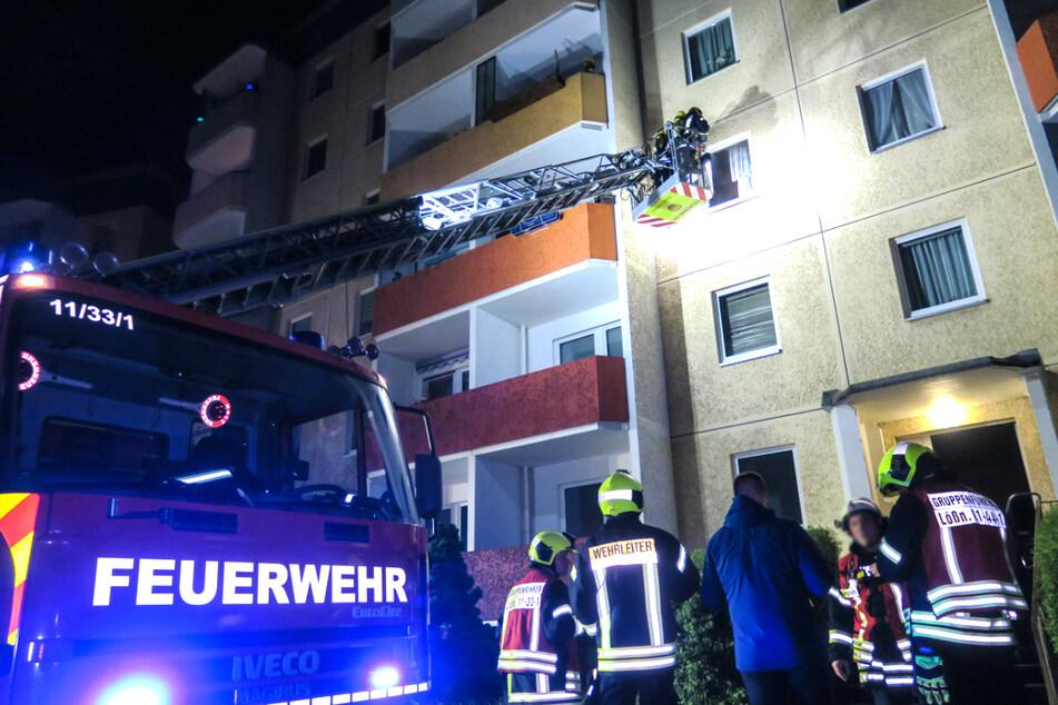 Erzgebirge: Feuerwehreinsatz in Mehrfamilienhaus