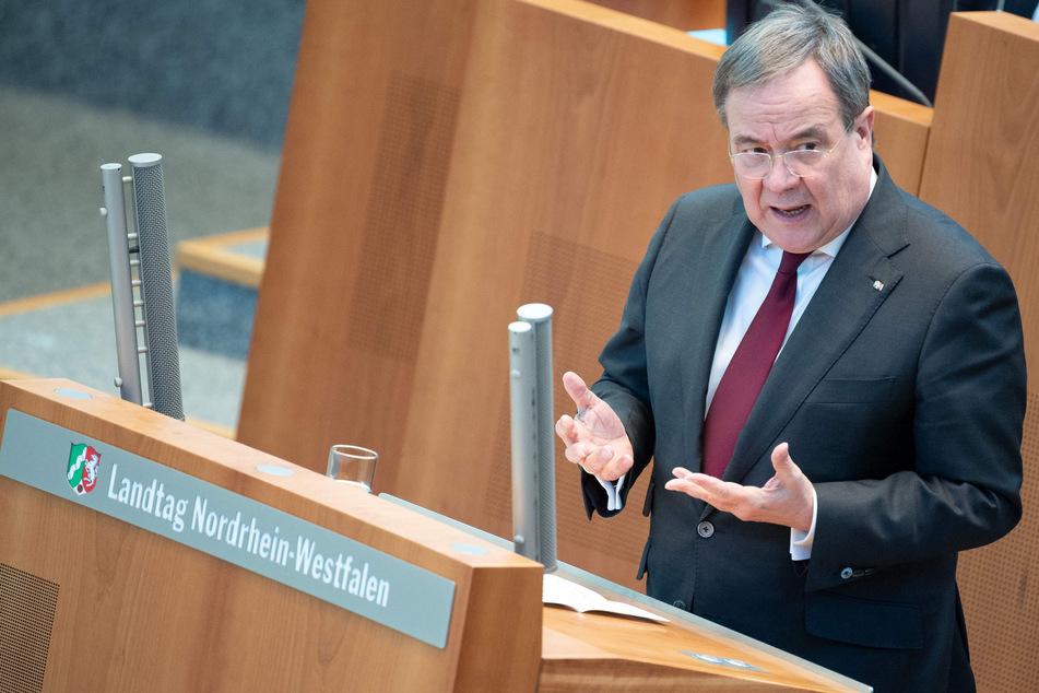 In NRW wird es wegen der stark steigenden Corona-Neuinfektionen ab Montag keine weiteren Lockerungen, wie Ministerpräsident Armin Laschet (60, CDU) ankündigte.
