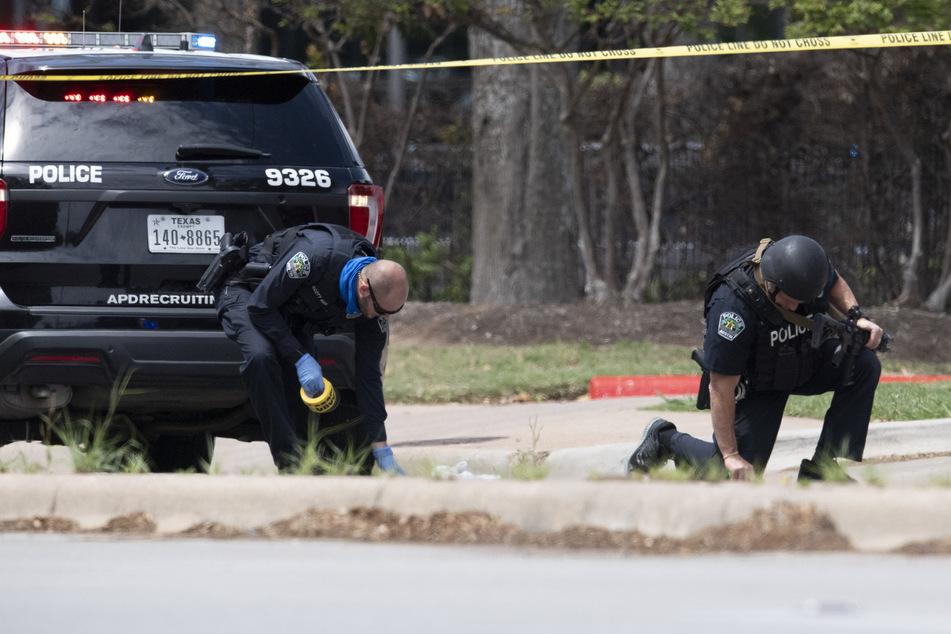 Ein Ex-Polizist soll in Austin im US-Bundesstaat Texas auf mehrere Menschen geschossen und drei von ihnen getötet haben.