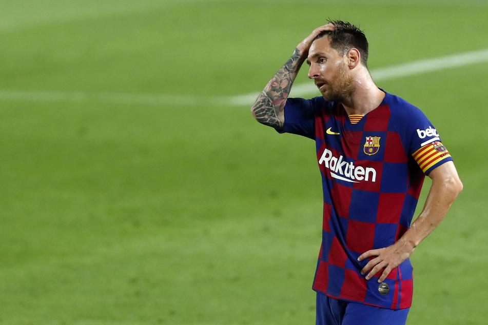 Im Streit um seinen Abschied vom FC Barcelona berichten spanische Medien von einem angekündigten Trainingsboykott von Lionel Messi.
