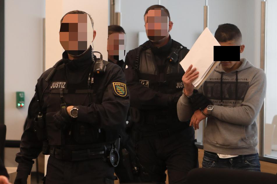 Abdullah A.H.H. (21) stand bereits mehrfach vor Gericht - hier 2018 vor dem Oberlandesgericht am Hammerweg. Am 12. April wird er wieder vor Gericht erscheinen.