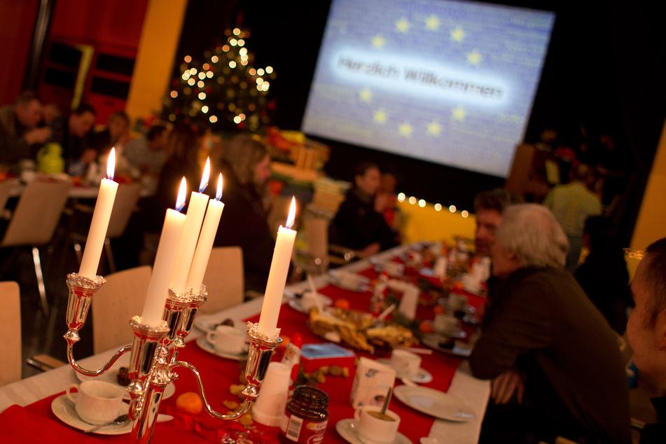 Die Gastronomie in NRW erwartet am Jahresende deutliche Umsatzrückgänge, weil wegen der Corona-Pandemie zahlreiche Weihnachtsfeiern gestrichen werden (Symbolbild).