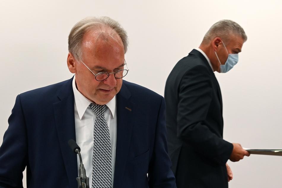 Sachsen-Anhalts Innenminister Stahlknecht entlassen!