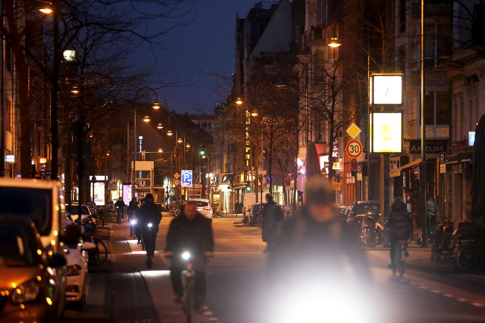 In Köln liegt die Inzidenzzahl am Samstag bei 126,9.