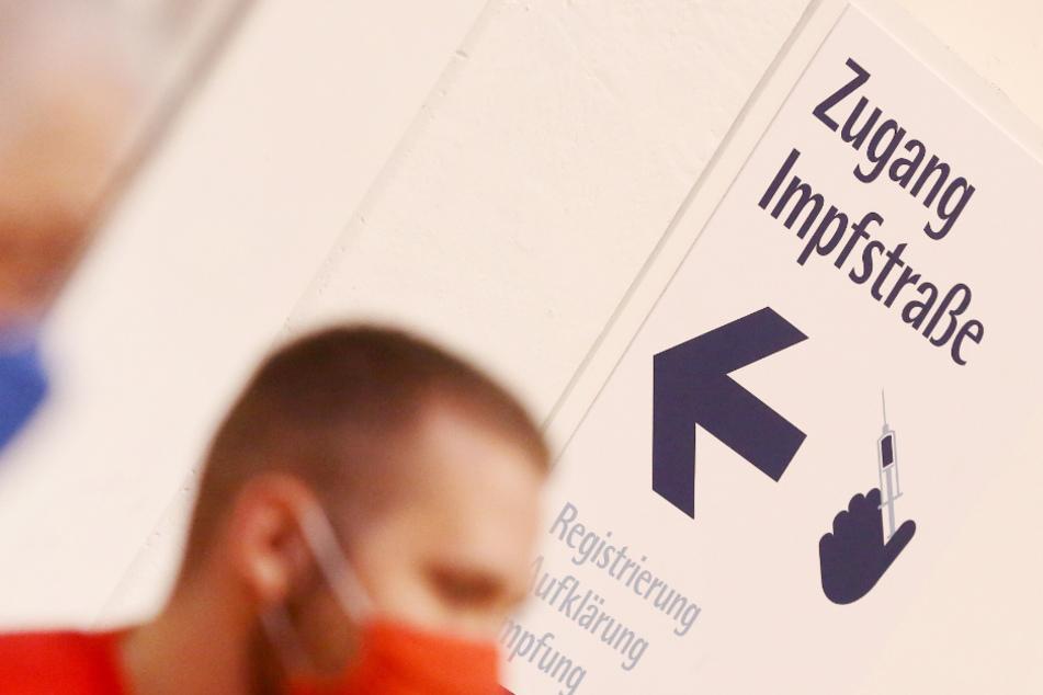 Impftermin-Chaos am Montag: Twitter-Nutzer beschweren sich bei Fake-Laumann