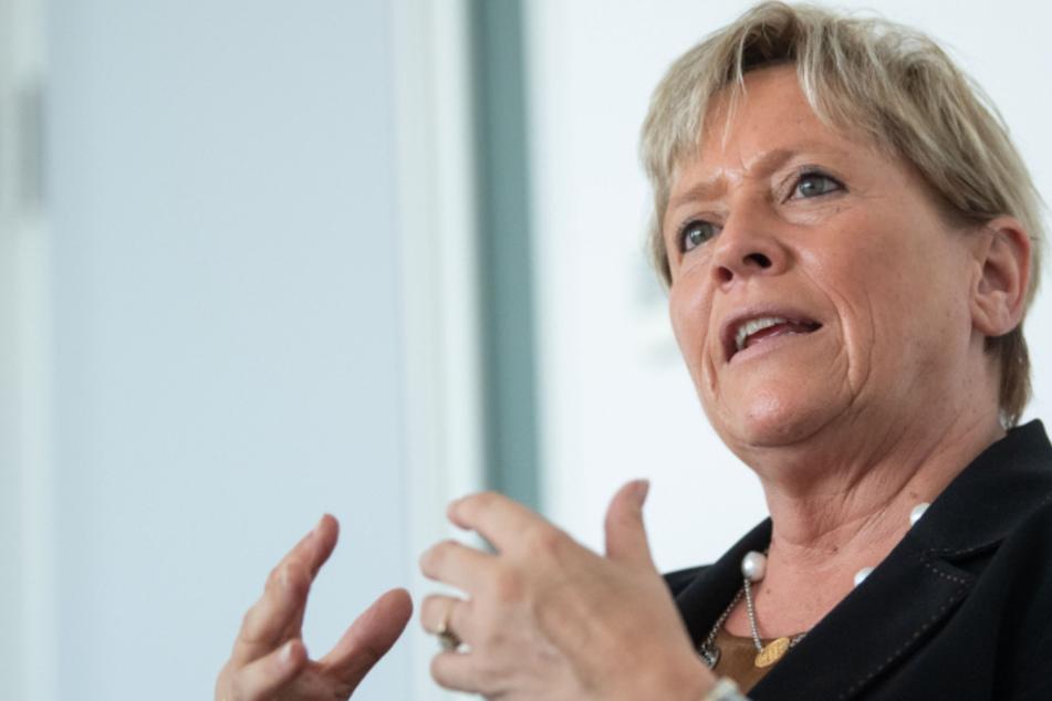 Corona in Baden-Württemberg: Ministerin Eisenmann steht zu Lockerungen auf Kreisebene