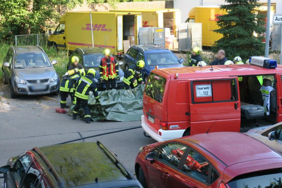 ABC-Alarm im Erzgebirge! Postverteilzentrum evakuiert, drei Verletzte