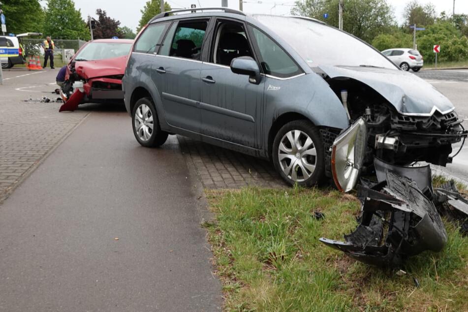 Schwangere Frau (29) bei Unfall in Leipzig-Heiterblick verletzt