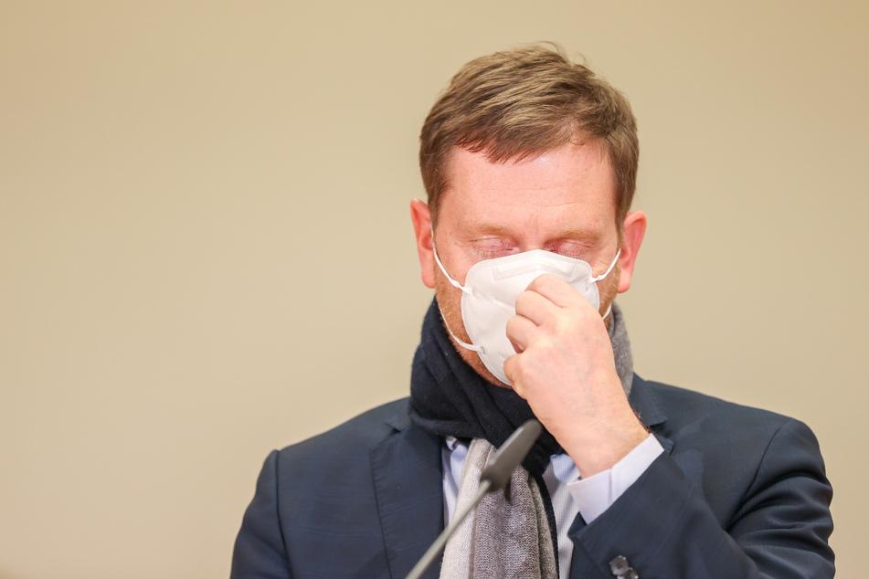 Michael Kretschmer (45, CDU), der Ministerpräsident von Sachsen, verzichtet schweren Herzens auf den Gottesdienst zu Heiligabend.