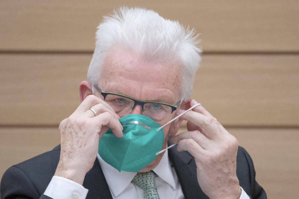 Ministerpräsident Winfried Kretschmann (72, Grüne) will bei den Regelungen für Hochschulen nachbessern.