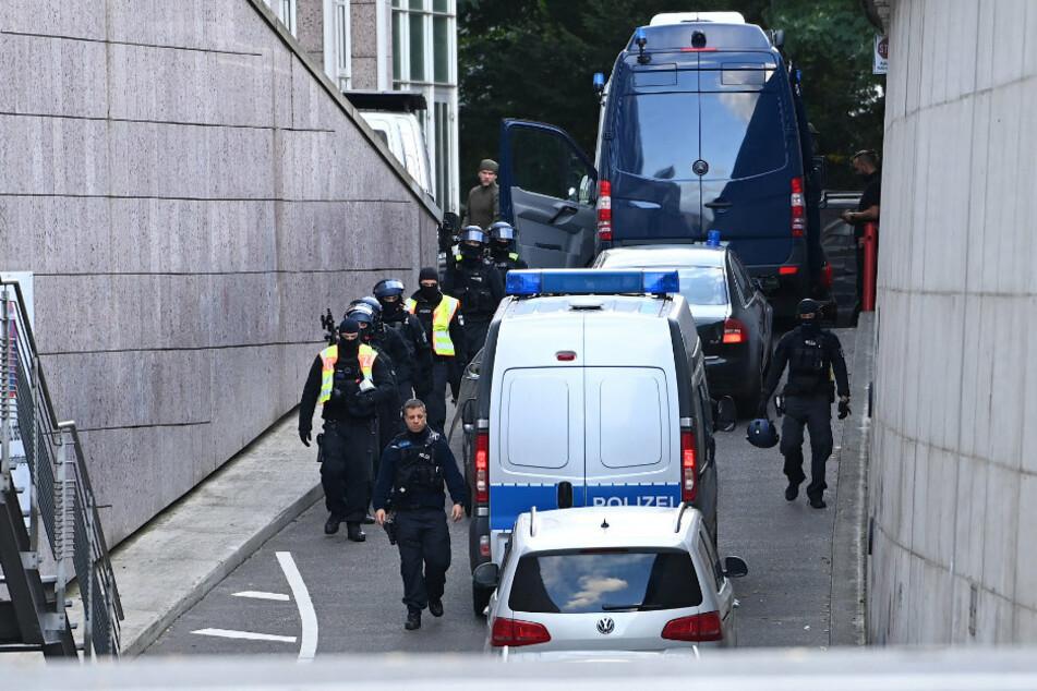 Banküberfall mit Geiselnahme in Berlin: Mutmaßlicher Täter festgenommen