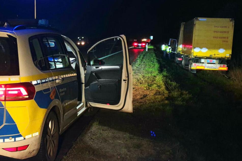 Polizisten am Unfallort