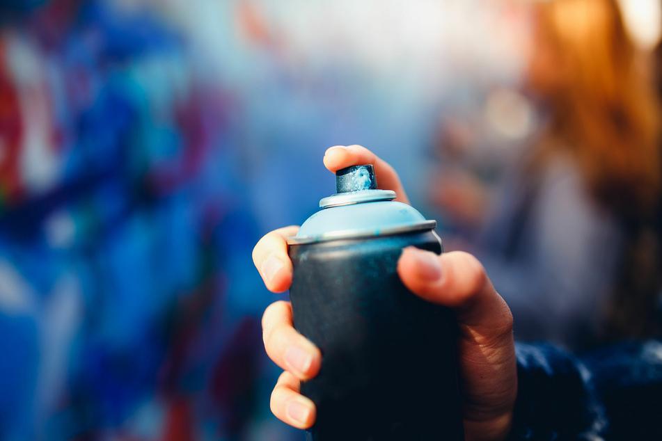 Er zeigte seine Werke bei Instagram: Polizei fasst verliebten Sprayer