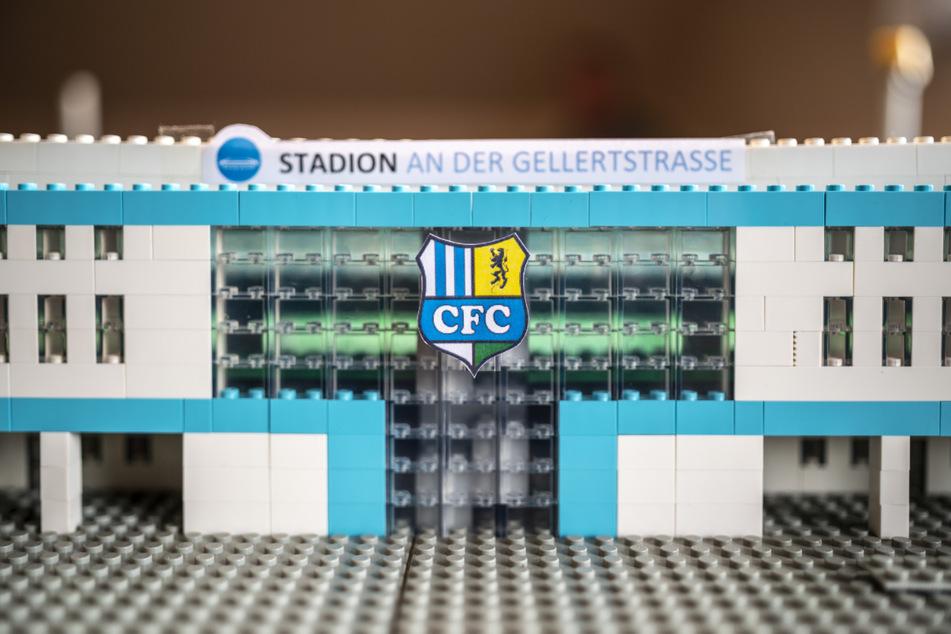 Mehr als 3700 LEGO-Steine im richtigen Farbton zu finden, ist eine Herkulesaufgabe.
