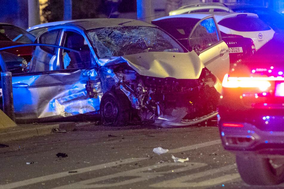 Horror-Crash am Ku'damm: Polizei sucht weiter nach Unfallfahrer!