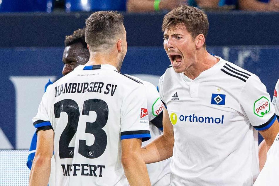 Maximilian Rohr (26, rechts) und Jonas Meffert (26) jubeln über das zwischenzeitliche 2:1.