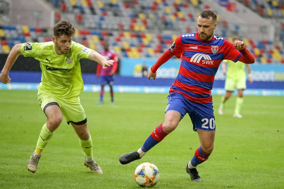 Im Vorjahr trat Leon Jensen (23, l.) mit dem FSV in Düsseldorf gegen Uerdingen an.