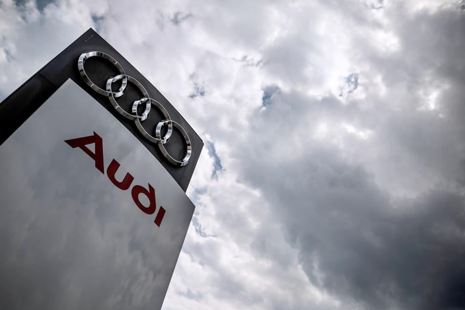 Auswirkungen der Corona-Krise: Audi und Daimler ziehen weitere Konsequenzen aus dem Mangel an elektronischen Bauteilen.