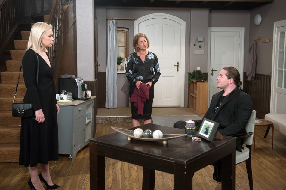 Theo will Amelie nicht mal mehr in Torbens Wohnung lassen.