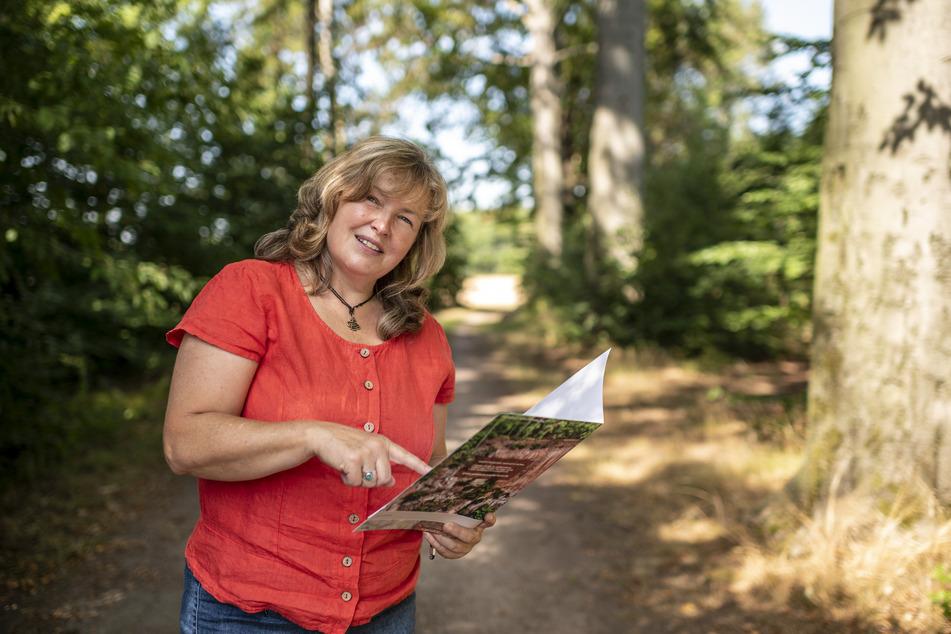 """Geografielehrerin Anja Schwulst (52) bietet am Sonnabend die Frauentour """"Wandern und Wundern"""" auf dem Rochlitzer Berg an."""