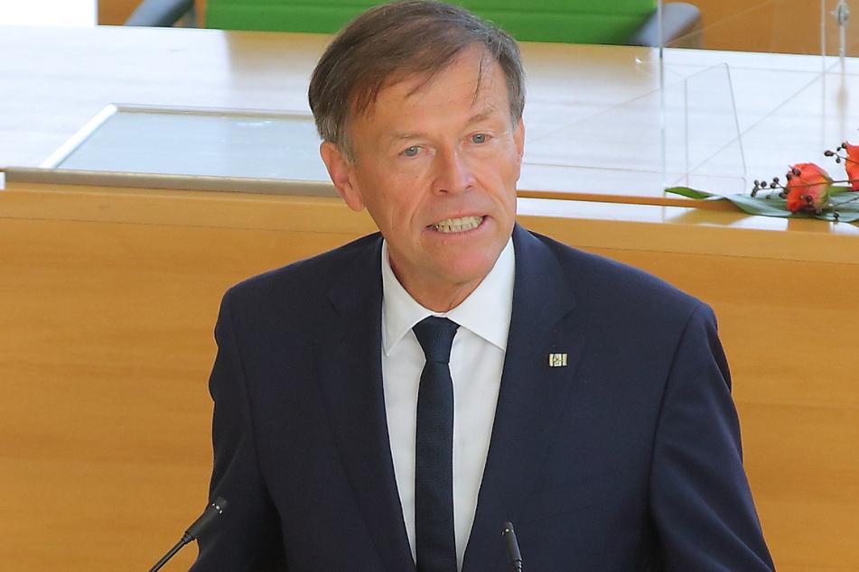 Landtagspräsident Matthias Rößler (66, CDU) sprach sein Beileid aus.