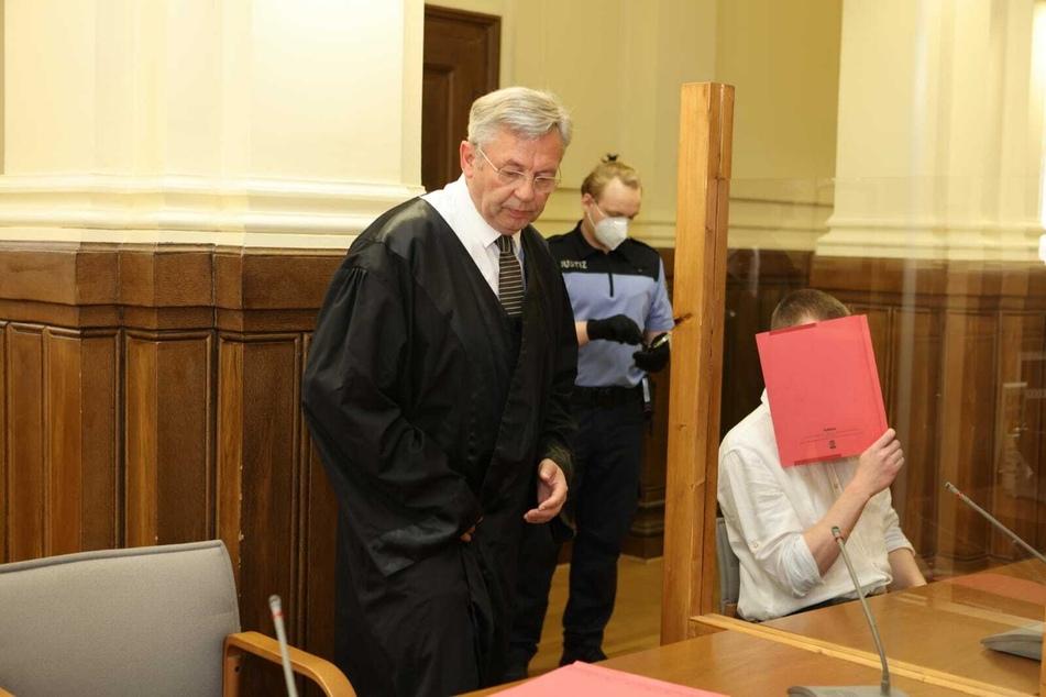 """Sieht die Raubmord-Anklage als """"Hypothese, die sich nicht bestätigen wird"""": Verteidiger Dr. Malte Heise will auf Totschlag hinaus."""