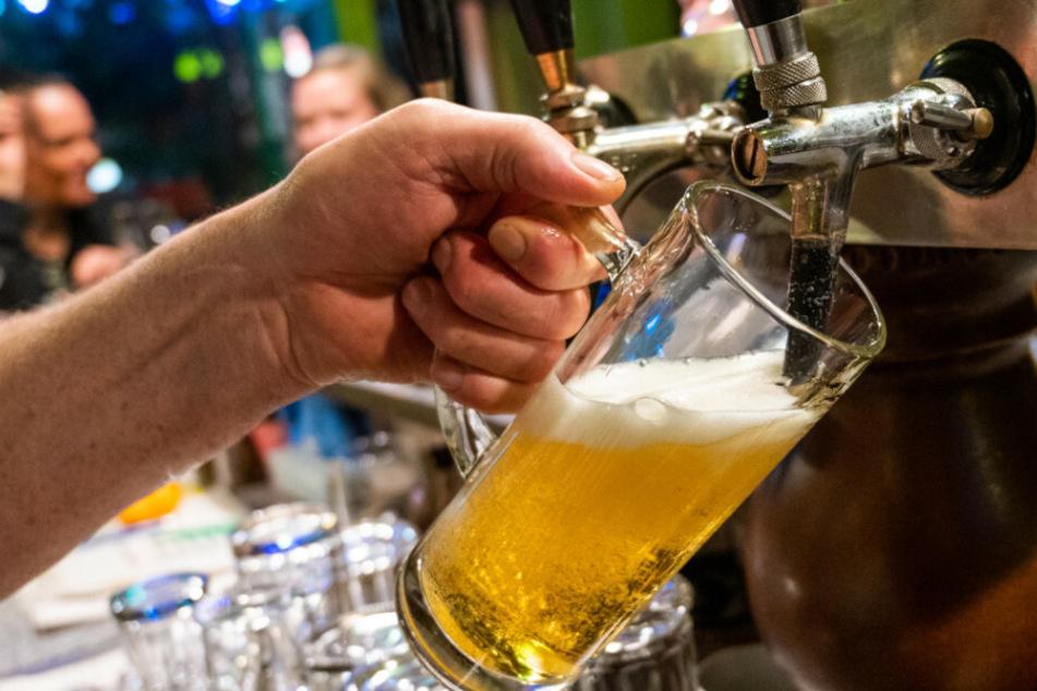 In Berlin gilt ab 23 Uhr ein Alkoholverbot.