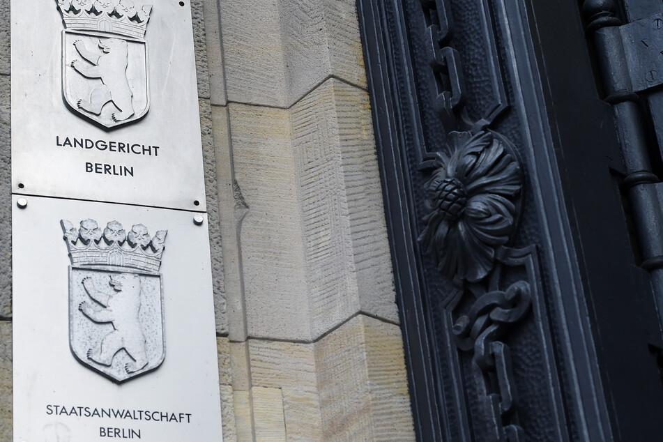 Im Berliner Landgericht wird ab Mittwoch gegen einen 48-Jährigen ermittelt, der mutmaßlich europaweit mit Kokain gehandelt haben soll (Symbolbild).