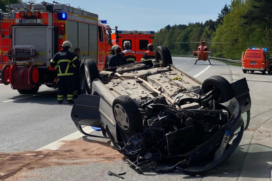 Zwei Verletzte nach dramatischem Unfall auf der A7