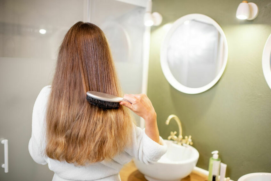 Brushing hair promotes blood circulation.