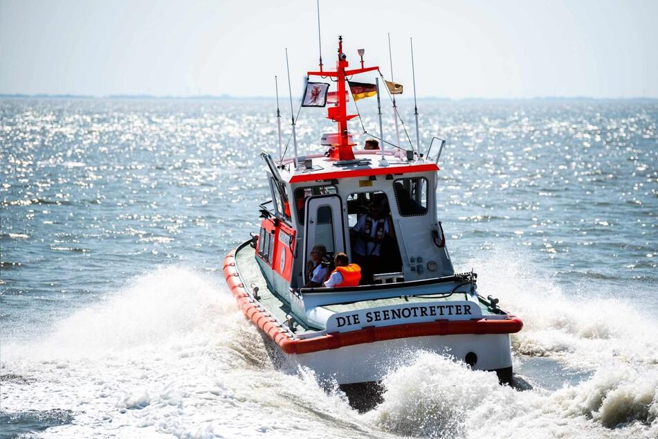 Ein Boot der Seenotretter suchte den Mann vor Wangerooge in der Nordsee. (Symbolbild)