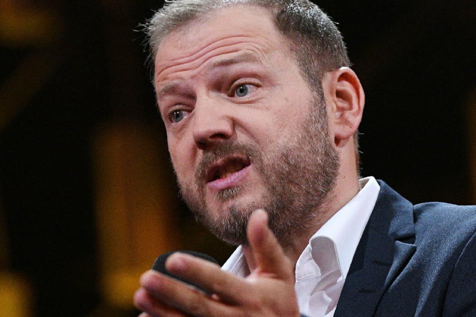 Der Komiker Mario Barth (47) hält bei der Verleihung des Deutschen Comedypreises 2018 eine Laudatio. (Archivbild)