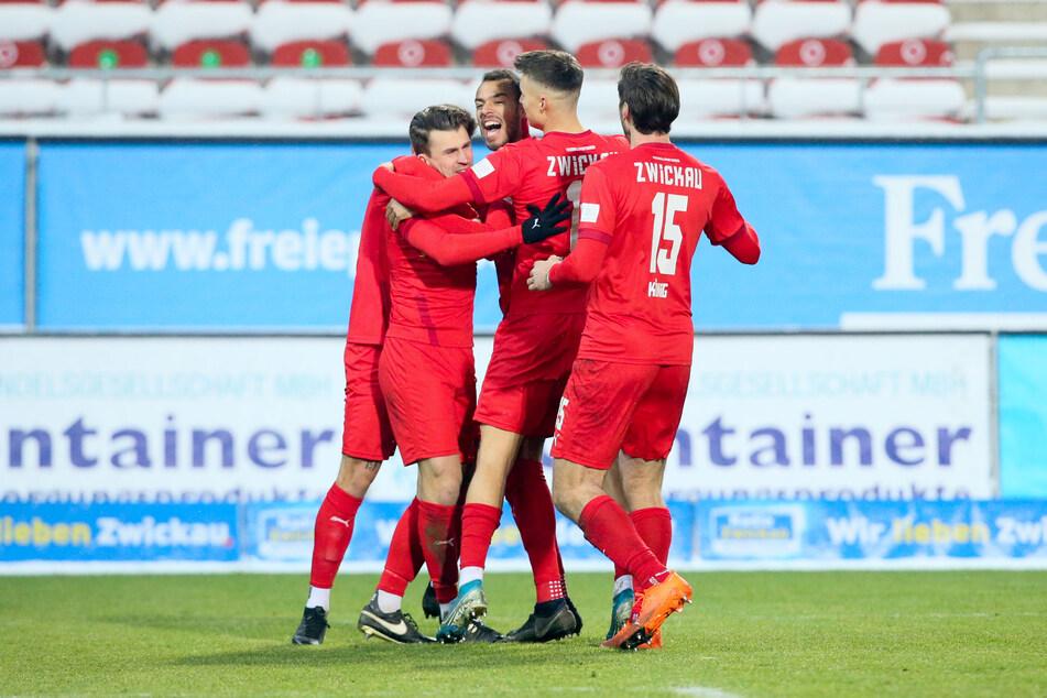 Torjubel nach dem 1:0 für den FSV Zwickau durch Steffen Nkansah