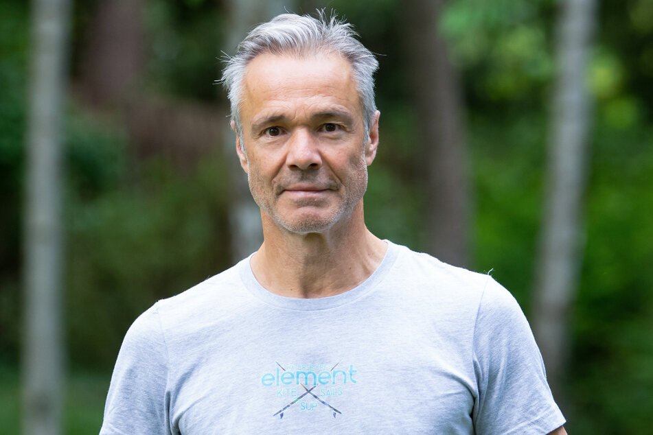 Seine Prominenz nutzt Schauspieler Hannes Jaenicke (60) regelmäßig, um sich für leidende Tierarten einzusetzen.