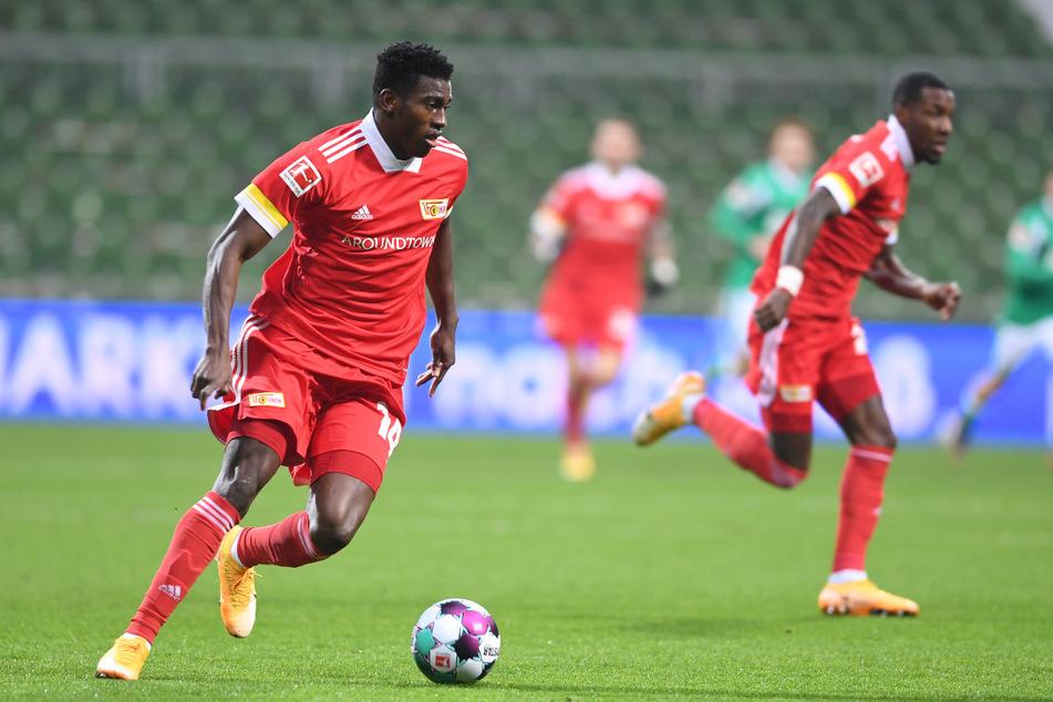Taiwo Awoniyi (23, l.) gelangen vergangene Saison fünf Tore und drei Assists.