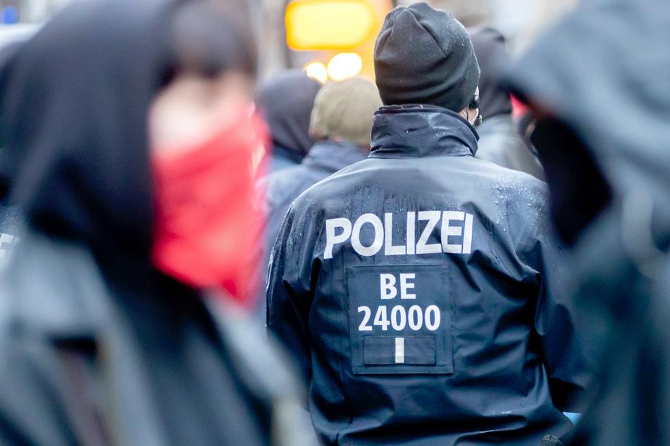 """Berlin: Demo gegen """"Polizeigewalt"""" mit 2500 Teilnehmern in Berlin angemeldet!"""