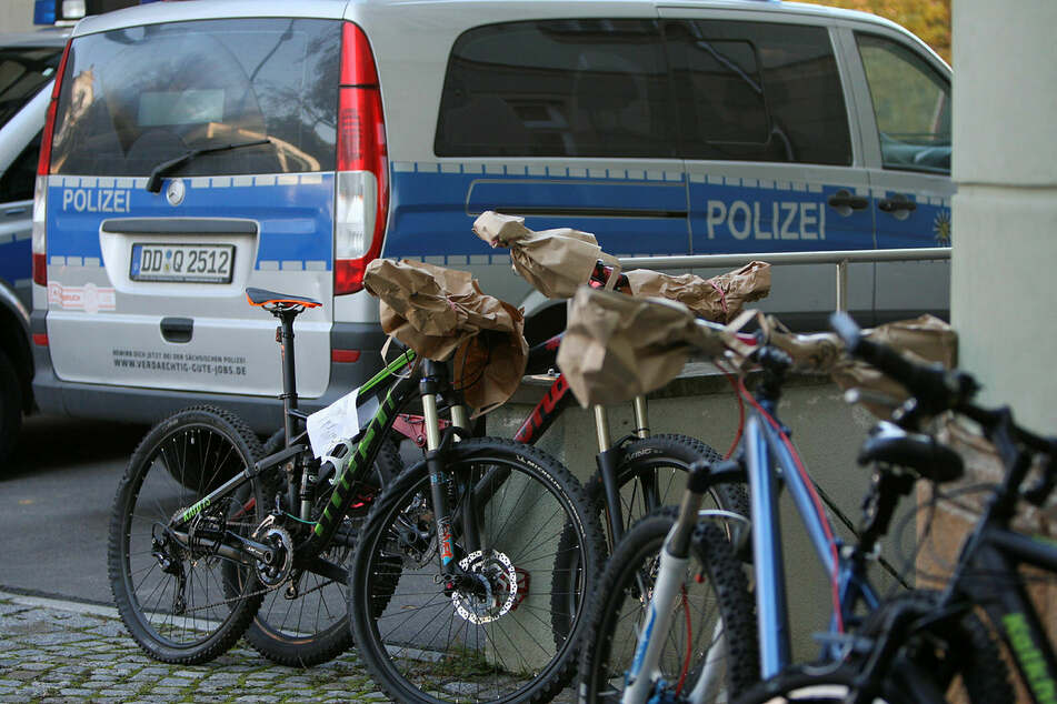 The authorities are still examining how many bicycles have disappeared from the Leipzig evidence chamber.