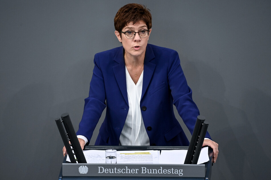 Annegret Kramp-Karrenbauer (CDU) ist die Verteidigungsministerin Deutschlands.