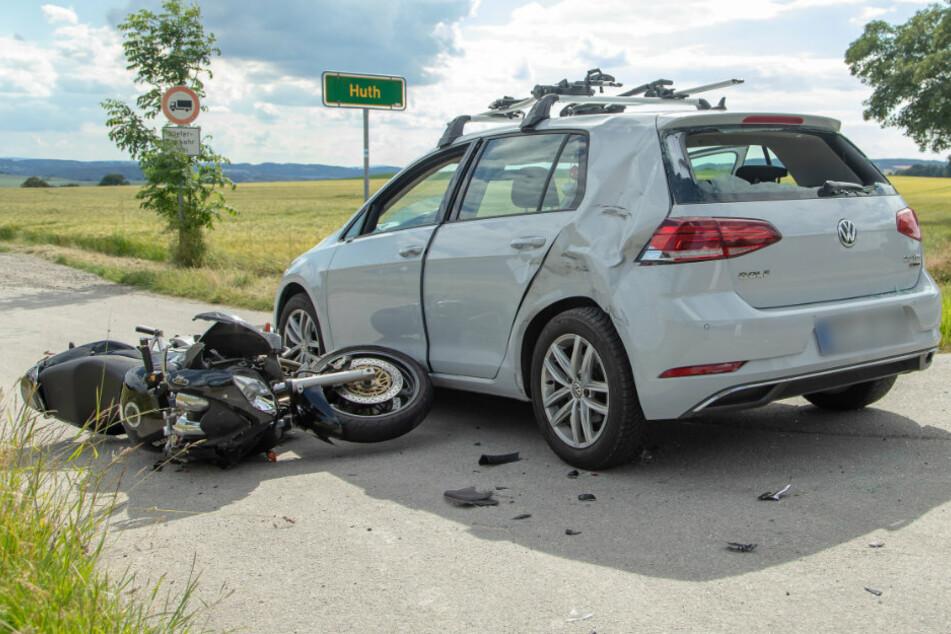 Ein Motorradfahrer wurde bei einem Unfall bei Wolkenstein schwer verletzt.