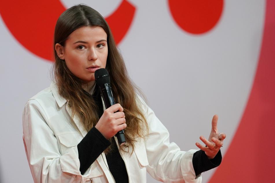 Fridays-for-Future-Aktivistin Luisa Neubauer (25) wirft Armin Laschet (60, CDU) vor, den Kohleausstieg systematisch verschleppt zu haben.