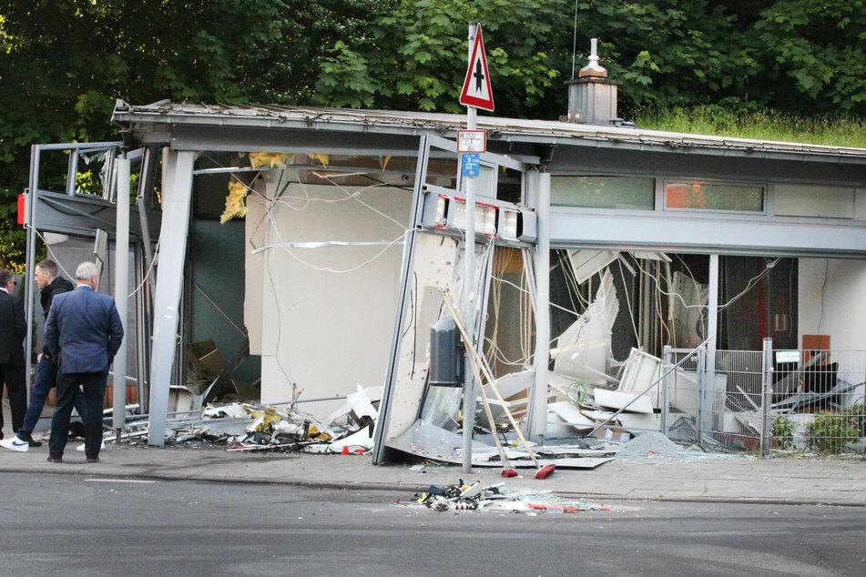Heftige Detonation in Aachen: Täter auf der Flucht!
